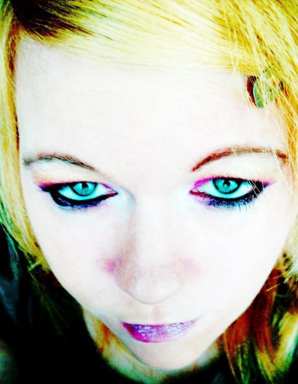PoeticEnigma's avatar